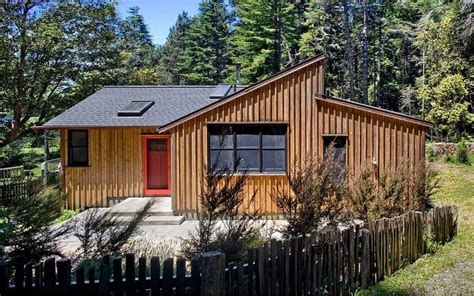 small modern cabin plans 840 sq ft modern and rustic small cabin in the redwoods