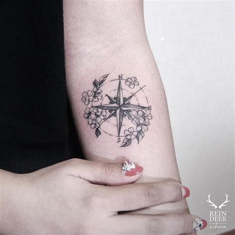 compass tattoo with flowers 24 breathtaking flower tattoos by zihwa tattoomagz