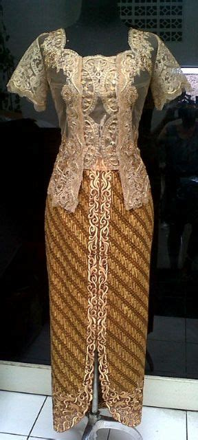 sweet kebaya 3 on pinterest kebaya batik embroidery ikat batik indonesia