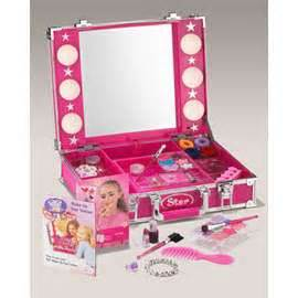 Funrise lighted makeup case for girls thisnext