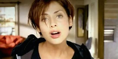 Natalie Imbruglias Torn Was Ten Years Ago by 19 One Hit Wonders From The 90s Still Worthy Of Your