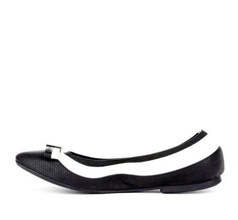black and white flat shoes black and white flats shoes