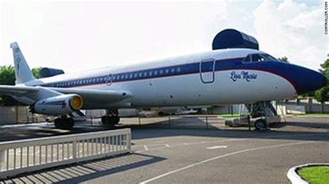 elvis plane elvis presley jets for sale amid graceland makeover cnn com