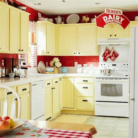 Yellow And Red Kitchen Ideas by Best 25 Blue Yellow Kitchens Ideas On Pinterest Yellow