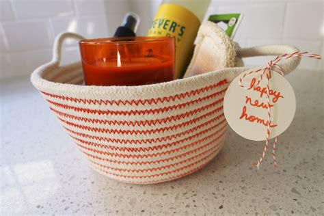 blog with the browns housewarming gifts 10 great gifts for new homeowners