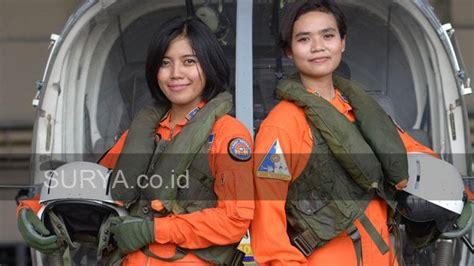Baju Pilot Surabaya garuda militer mantan spg ini jadi perwira penerbang tni al