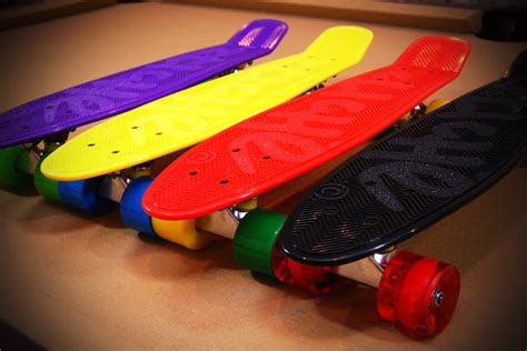 Kaos Kaki Skate School Motif Banana Black cause you need a 70 s cruiser skate