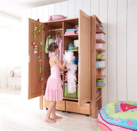 Armoire Pour Enfants by Armoire Pour Enfants 2 Portes Matti Haba Secret De Chambre