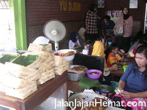 Bakpia Pathok Patok 53 Oleh Oleh Khas Jogjakarta gudeg yu djum yogyakarta jalan jajan hemat