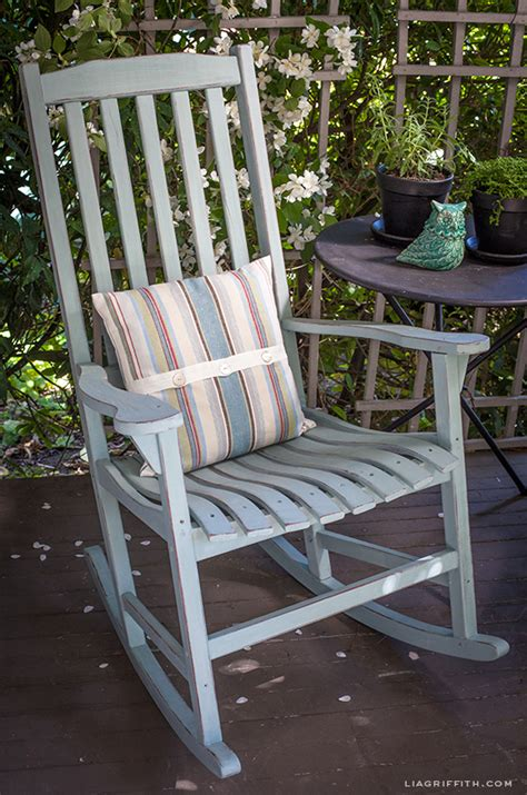 Diy Rocking Chair by Diy Vintage Painted Rocking Chairs Chalk Paint Tutorial