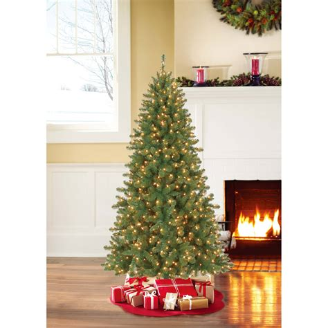 how to fix prelit christmas tree lights how to fix a prelit tree lights decoratingspecial