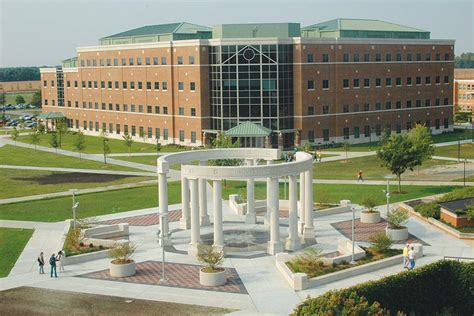Best Mba Colleges In Illinois by Top 100 Best Colleges College Plan
