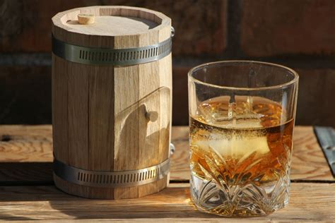 a build it yourself mini barrel for diy aging spirits