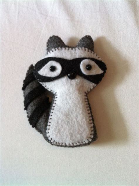 Pomade Puppets 17 best images about raccoon on felt toys toys and baby raccoon