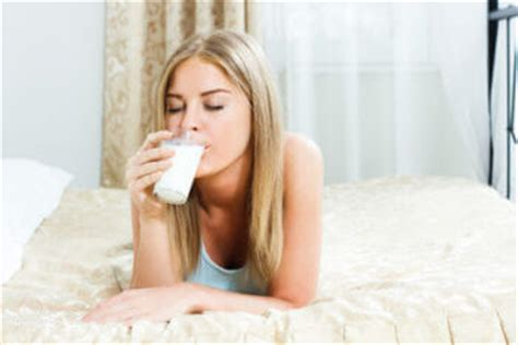 drink milk before bed the essential guide to sleep hygiene