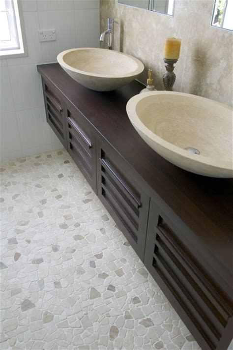 island stone random pebble floor modern bathroom