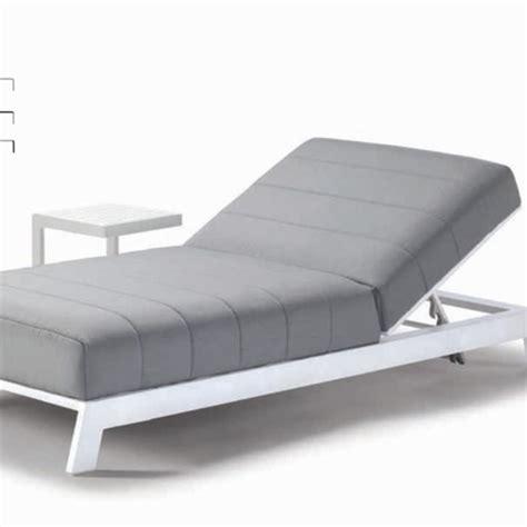 sdraio letto letto sdraio con tavolino e cuscino materassato per