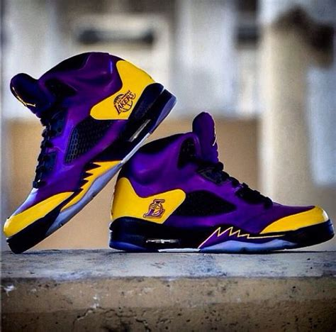 lakers house shoes laker colored shoes 28 images 50 nike shoes lakers