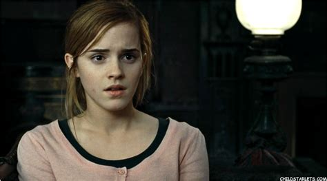 hermione granger in the 1st movoe emma watson quot harry potter quot quot the deathly hallows part 1