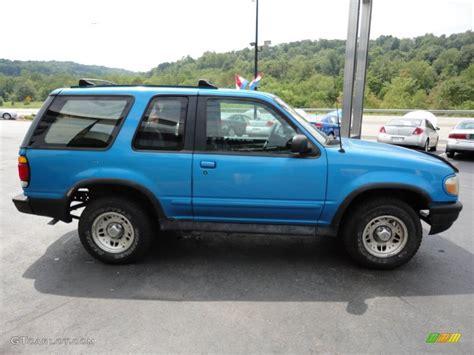ford explorer light 1995 light lapis blue metallic ford explorer sport 4x4