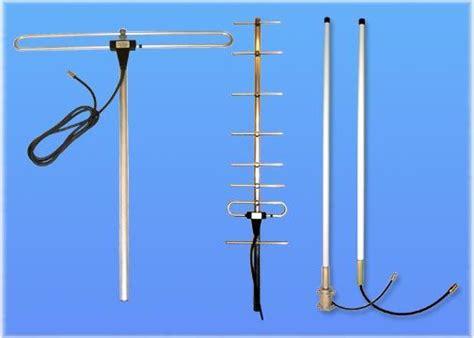 base station antennas vhf uhf pmr tetra yagi collinear  folded dipole ham radio fish