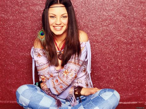 That 70s Show Wardrobe by That 70s Show Mila Kunis Fe Wallpaper 1600x1200 160783
