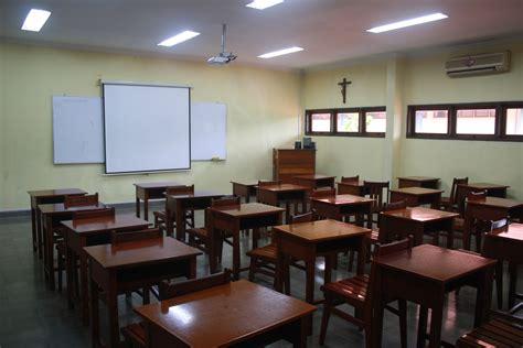tata ruang kelas yang menyenangkan ruang kelas yang kreatif hairstylegalleries com