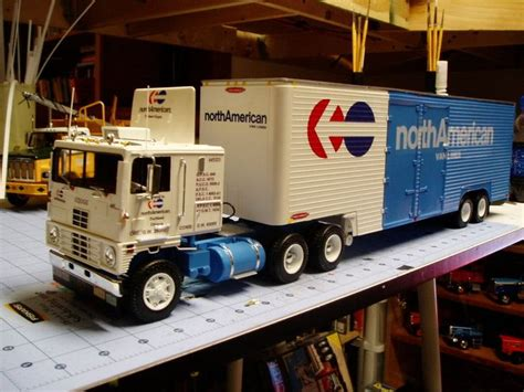 commercial vehicle model kits 37 best scale models images on pinterest scale models