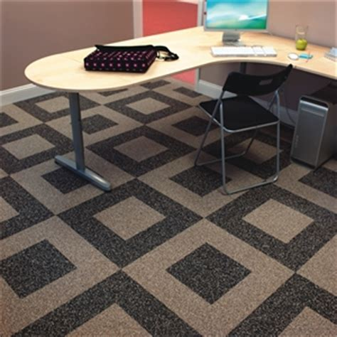 Residential Rubber Flooring by Rubber Flooring Buyers Guide Rubber Floor Mats