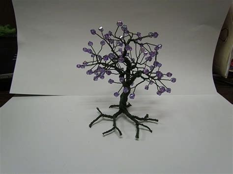how to make a beaded wire tree centerpiece