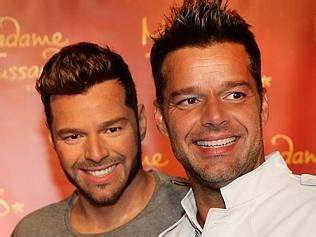 Ricky Martin Shows Footage Of Himself by Liam Mcintyre Happy To Put His Back On For Channel 7
