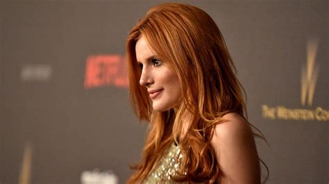hollywood actress twitter hollywood actress bella thorne tells a fan she s bisexual