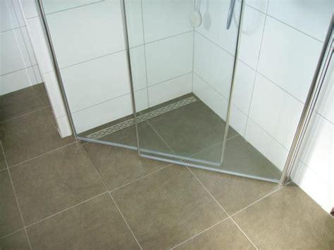 badkamer wanden egaliseren badkamer vloer en wanden egaliseren en tegelen werkspot
