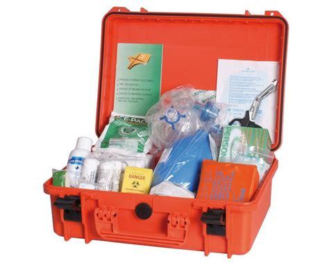 kit cassetta pronto soccorso kit pronto soccorso per cani tienilo sempre con te
