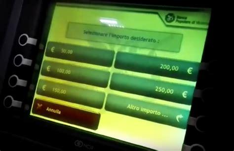prelevare soldi in space come prelevare soldi da un bancomat