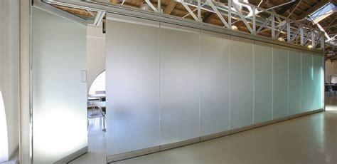 pareti mobili insonorizzate 蝴cianki ruchome umo蠑liwiaj艱 wykorzystanie przestrzeni lub