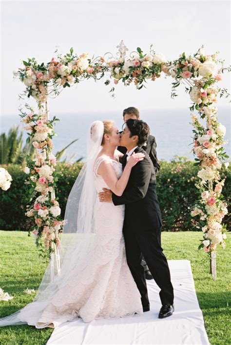 Wedding Arch With Flowers by Wedding Arch With Flowers Elizabeth Designs The