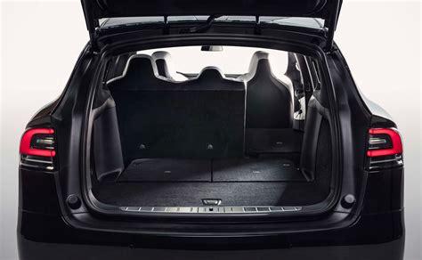 Tesla Model S 7 Seats Tesla Model X In 7 Seat Configuration Finally Gets Fold