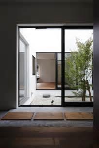 Una casa con guardería, de Hitoshi Saruta (CUBO design