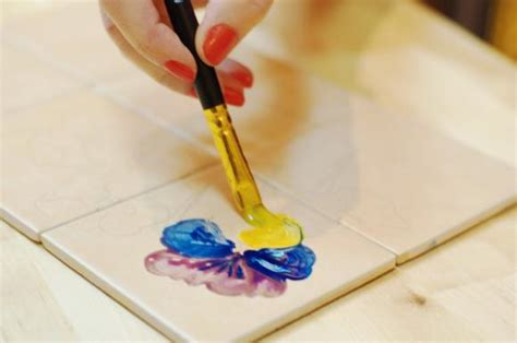 painting on ceramic tile craft how to paint ceramic tile