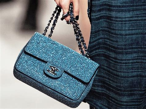 Chanel New Season Bag 60313 great evolution in great chanel bag in season fifthand