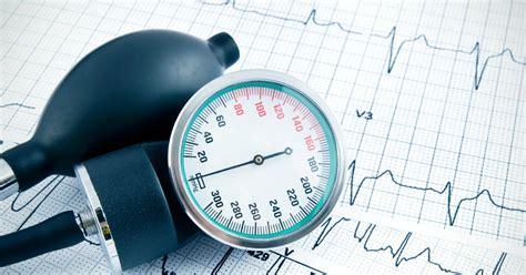 alimenti per abbassare la pressione minima pressione alta agli occhi