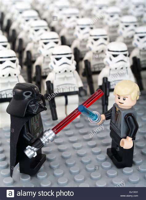 Gelang Lego Stromtrooper Dartvade lego wars minifigure luke skywalker darth vader stock photo royalty free image