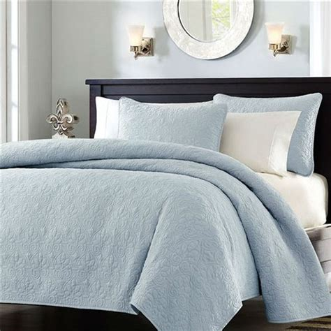 king size quilts and coverlets king size light blue quilt coverlet set with 2 shams