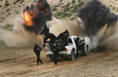 40859 Marked Stripe Palestinian Militants At Visboo