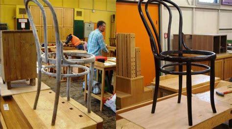 wie einen esszimmer stuhl bedeckt wie restauriert einen thonet stuhl