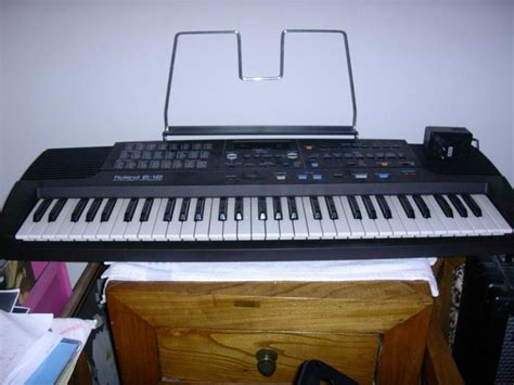 Keyboard Roland E 12 Roland E 12 Image 311910 Audiofanzine