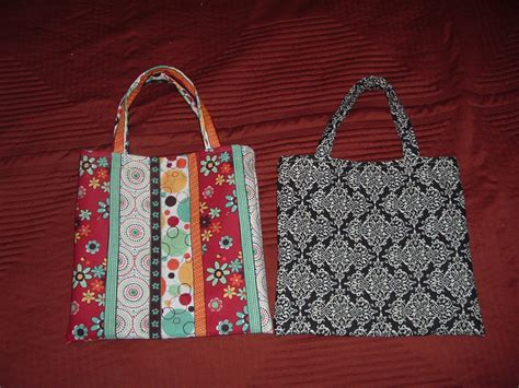 quick tote bag pattern quick and pretty tote bags sewing projects burdastyle com