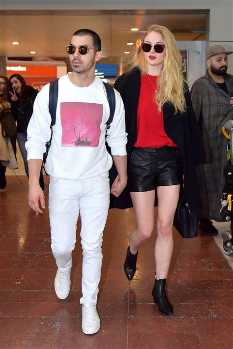 and joe turner and joe jonas at airport in 03 06 2017 hawtcelebs hawtcelebs
