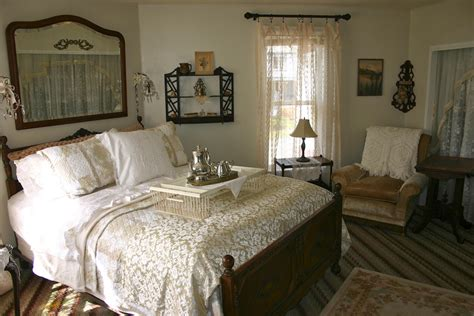 bed breakfast com simon selig s room the painted lady bed breakfast